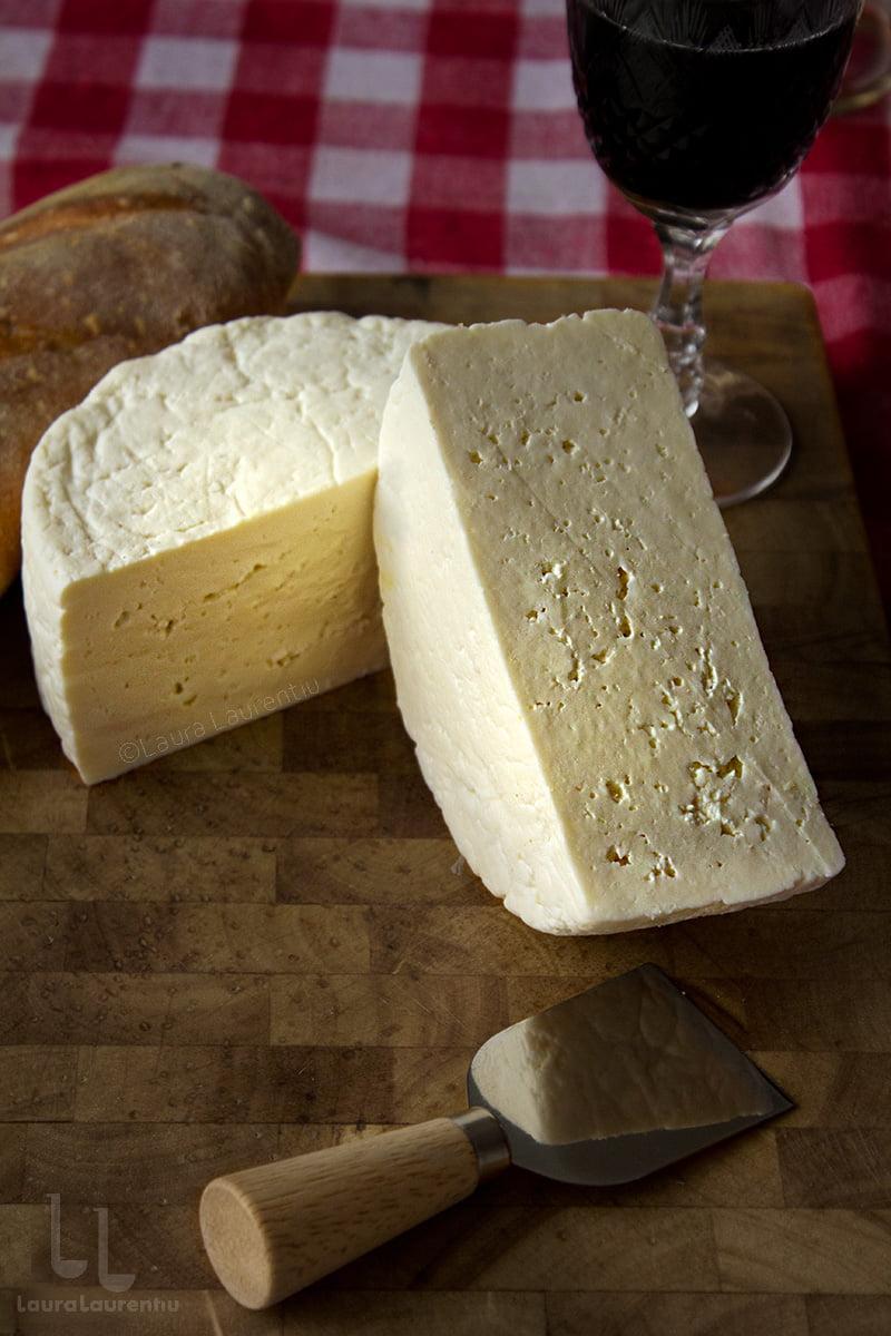 telemea de casa reteta pas cu pas cum se face branza telemea din lapte de vaca facuta in casa