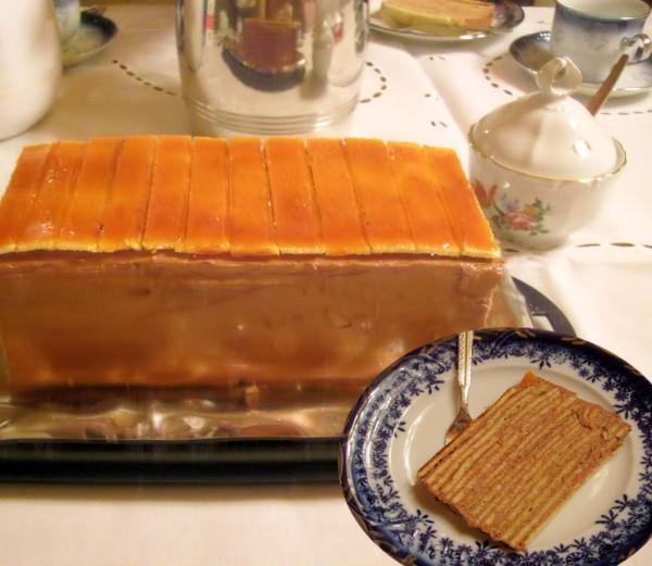 Tort Dobos by Inge
