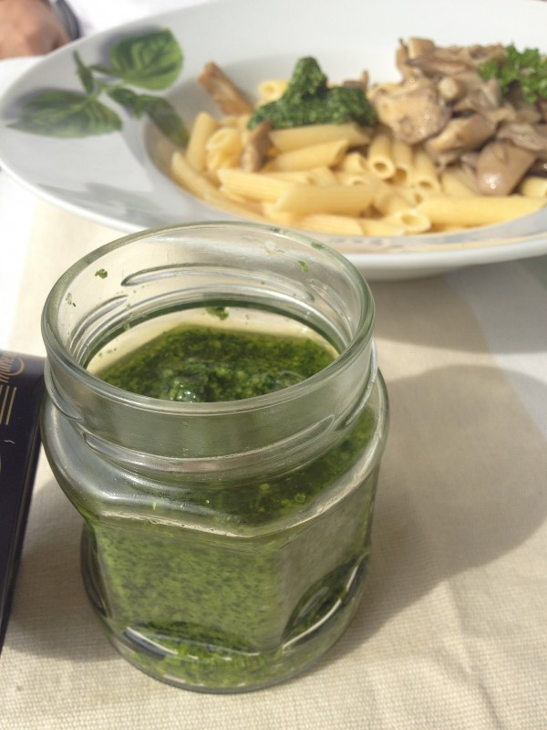 Pesto de leurda by Liliuta