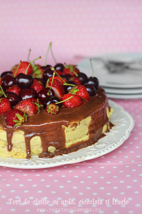 tort de clatite cu urda, ciocolata si fructe 1