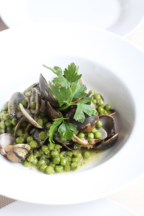 sauteed vongole with peas and green sauce