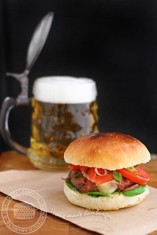 Hamburger, de la chifla la chiftea