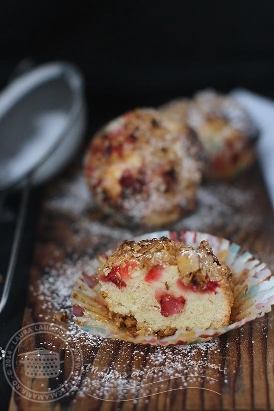 muffins cu pere si capsuni-sectiune