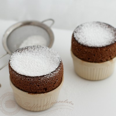 chocolate souffle, sufleu de ciocolata retete pas cu pas