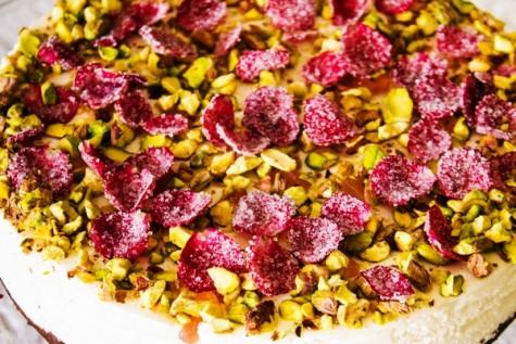 Oaspeti in bucatarie: Bianca Lontras – Turkish Delight Cheesecake