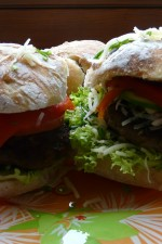 Hamburger, de la chifla la chiftea by uca
