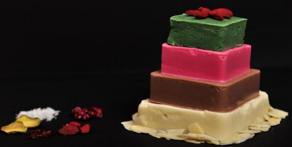 "Ciocolata de casa – ""batonul"" copilariei! de Simona Cirmu"