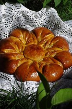 Cozonac Floare Cu Scortisoara de Miron Constantin si Diana