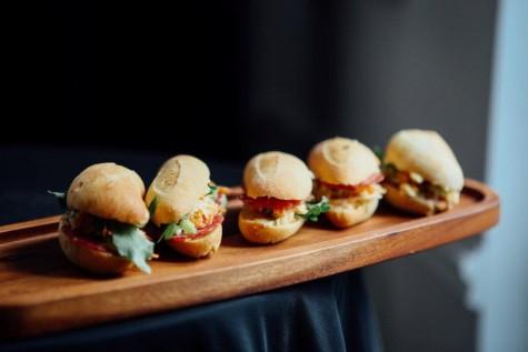 The Sandwich Battle, cinci sandwichuri de poveste