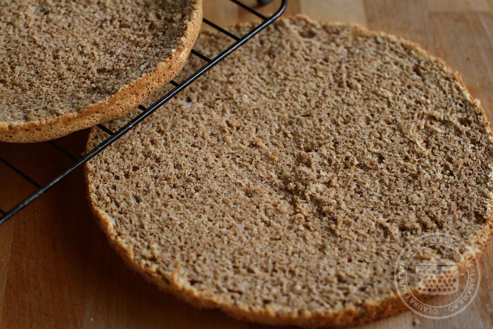 Blat de tort cu nucă, fără gluten