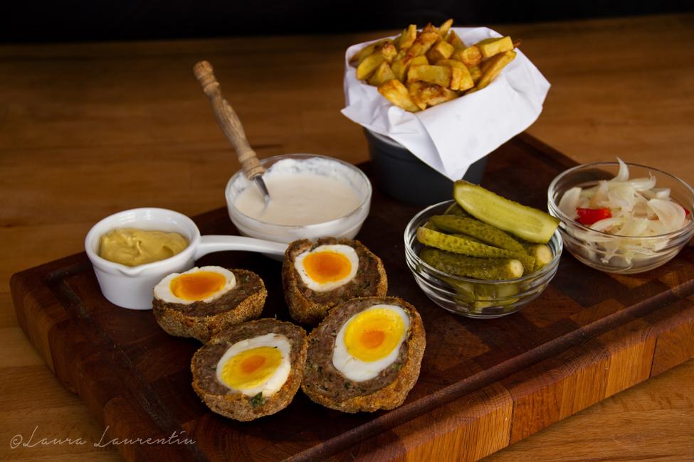 Chiftele umplute cu oua - Scotch Eggs