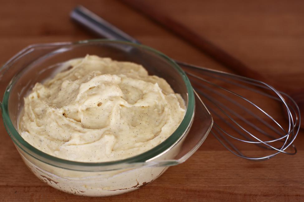 crema de vanilie reteta, crema de patiserie reteta video, crema de baza de vanilie - video, crema pasticcera, creme patissiere, pastry cream, vanilla custard 1