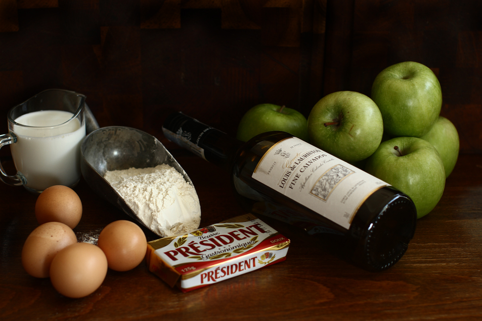 ingrediente tarta cu mere si calvados