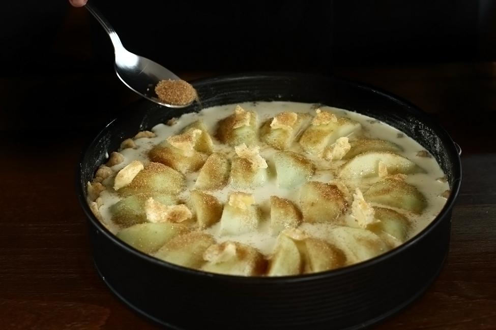 preparare 5 tarta cu mere normanda