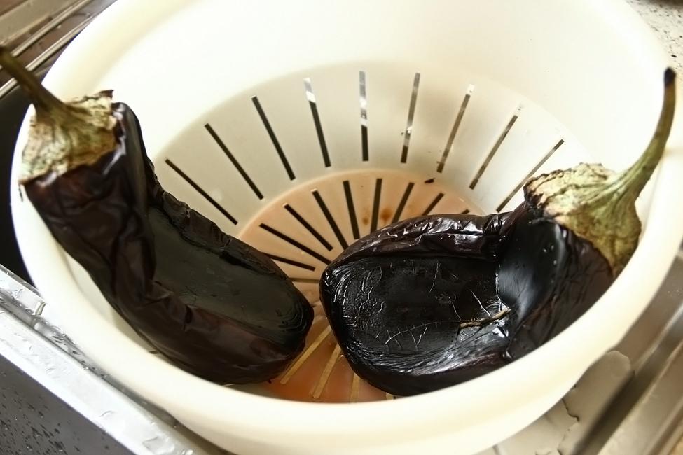 vanata umpluta cu branza feta si usturoi retetecalamamar, preparare 2