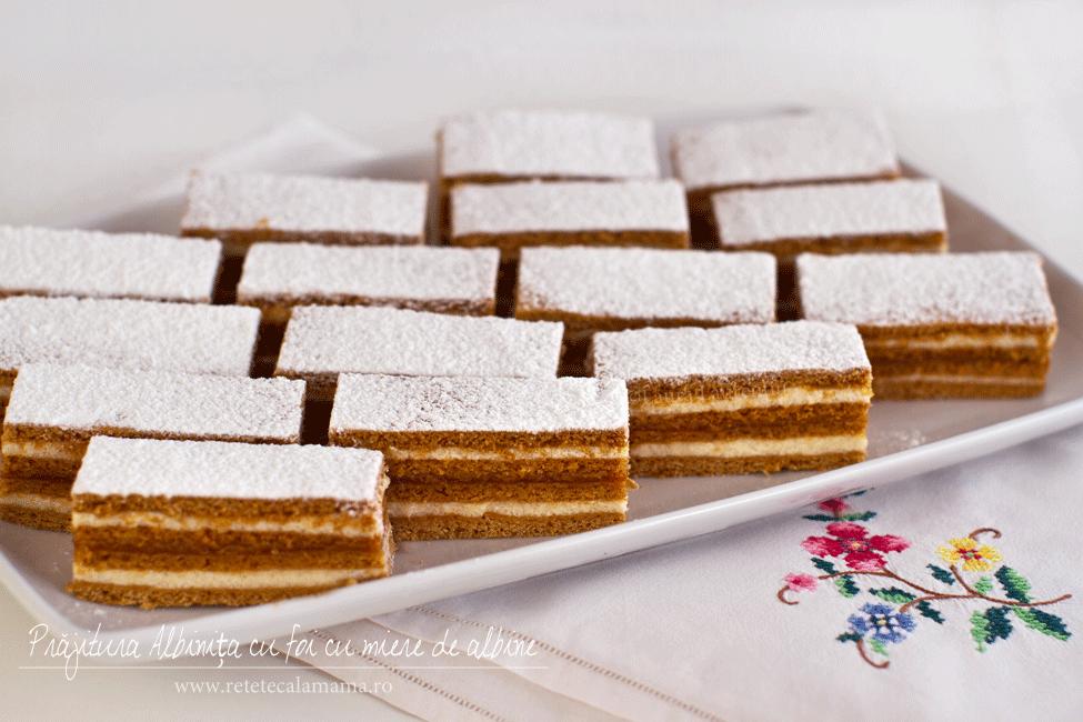 Prăjitura cu foi cu miere de albine Albinița, rețetă video