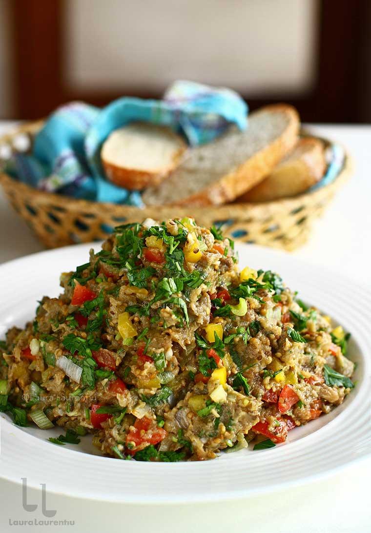 salata de vinete cu rosii si ardei reteta libaneza salatit el batitjean salata de vinete cu legume reteta
