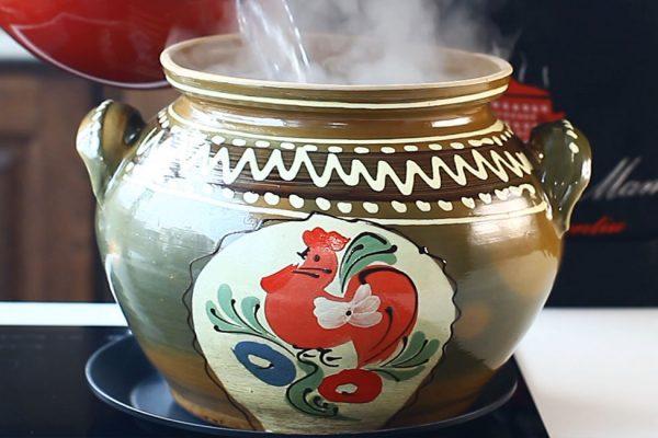 sarmale-traditionale-cu-foi-de-varza-murata-in-oala-de-lut