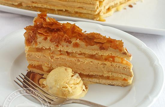 reteta prajitura cu mere si crema de caramel