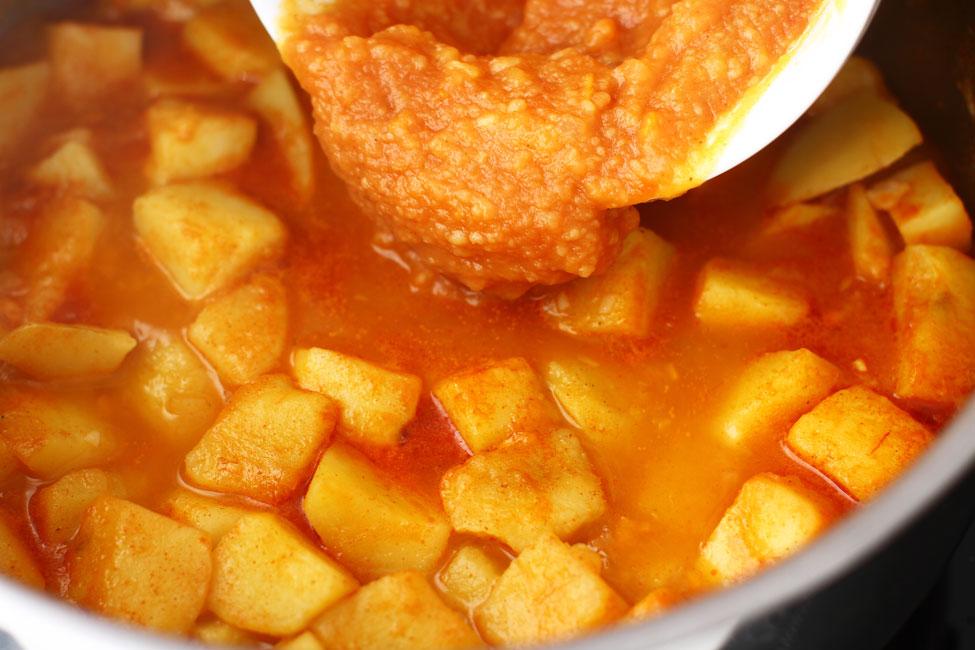 tocanita-de-cartofi-de-post-reteta-mancare-de-cartofi-retetecalamamaro-preparare-5