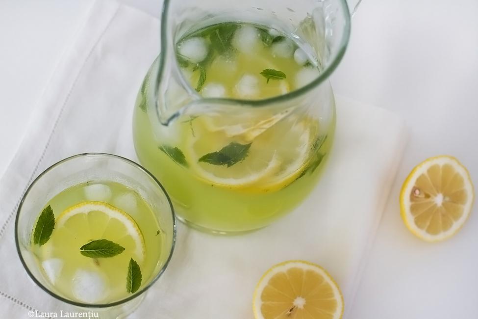 Limonadă cu castraveți și mentă