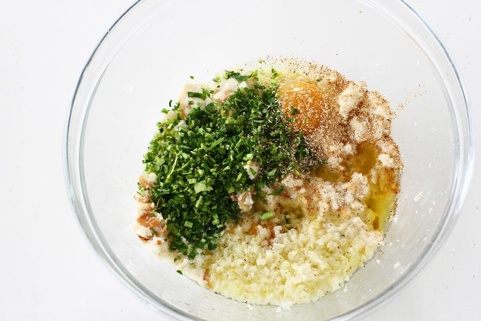 Preparare Mâncare de mazăre cu pui și găluște 7