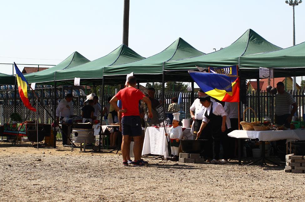 festivalul-ceaunelor-organizarea-standurilor