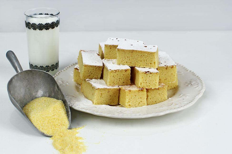 Prăjitură cu mălai și lapte bătut, rețetă video