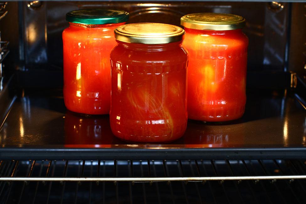 reteta-rosii-in-bulion-la-borcan-pentru-iarna-sterilizarea-conservei