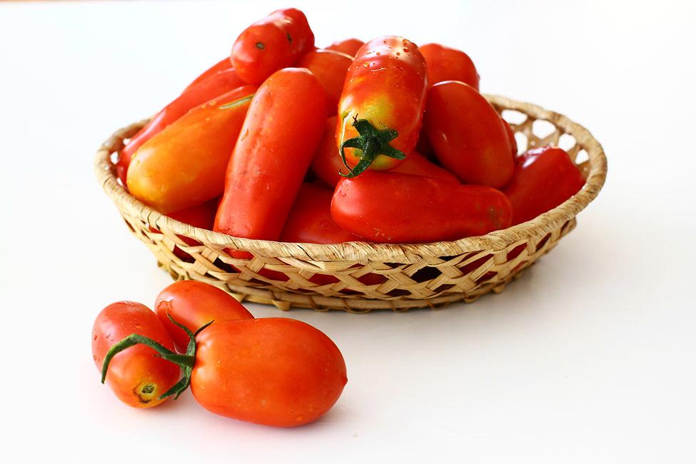 rosii-san-marzano-pentru-rosii-in-bulion