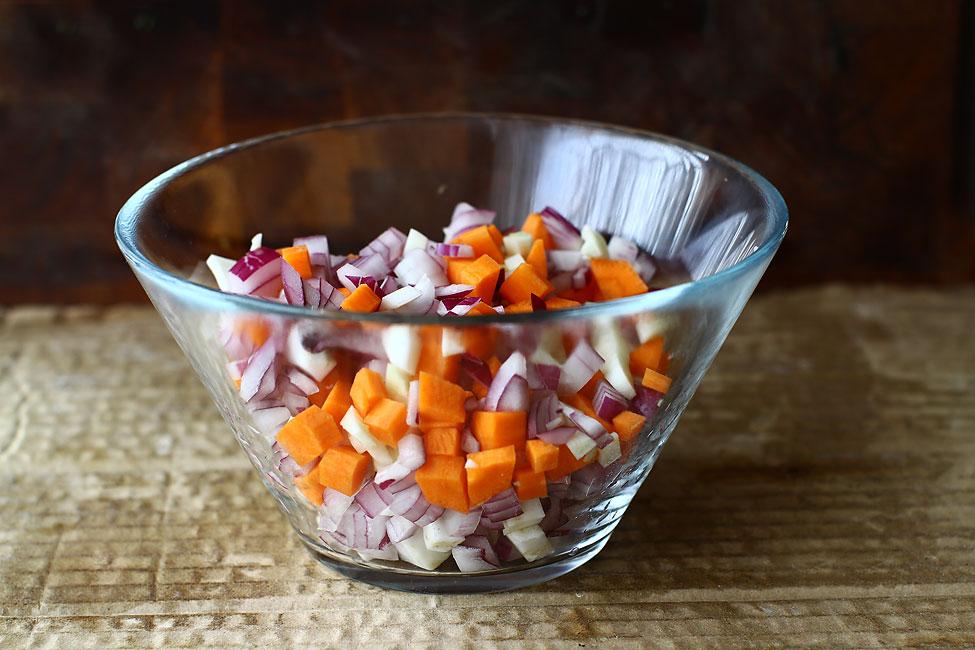 legume-mirepoix-pentru-rețeta-de-obraz-de-vacă