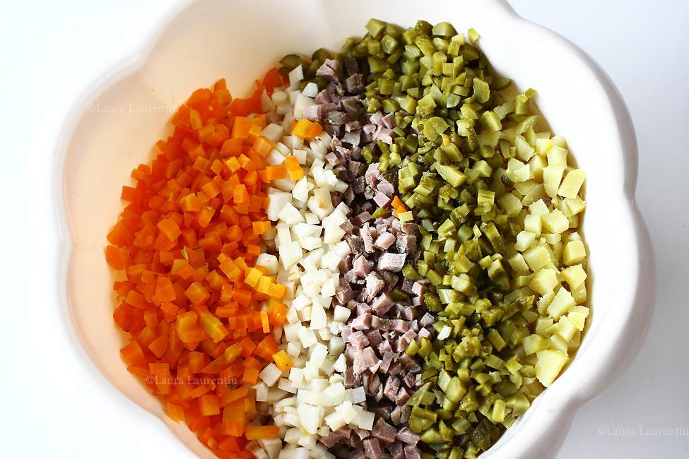 salata-de-boeuf-reteta-cu-poze-pas-cu-pas-legume-si-carne-tocate
