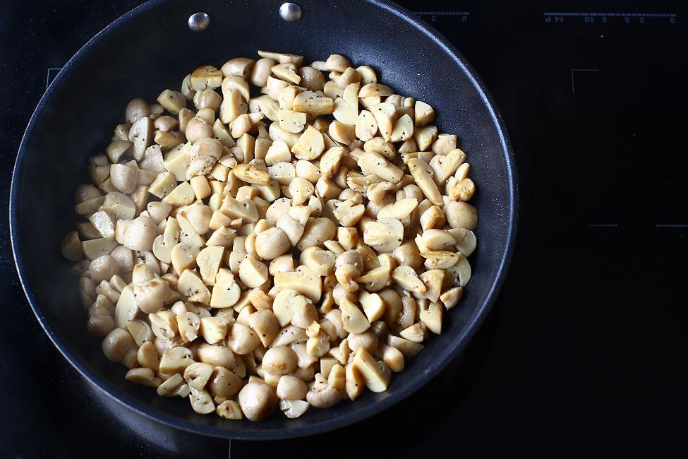 salata-de-ciuperci-cu-maioneza-sotarea-ciupercilor