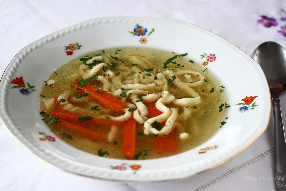Supă clară de vită - rețetă pas cu pas