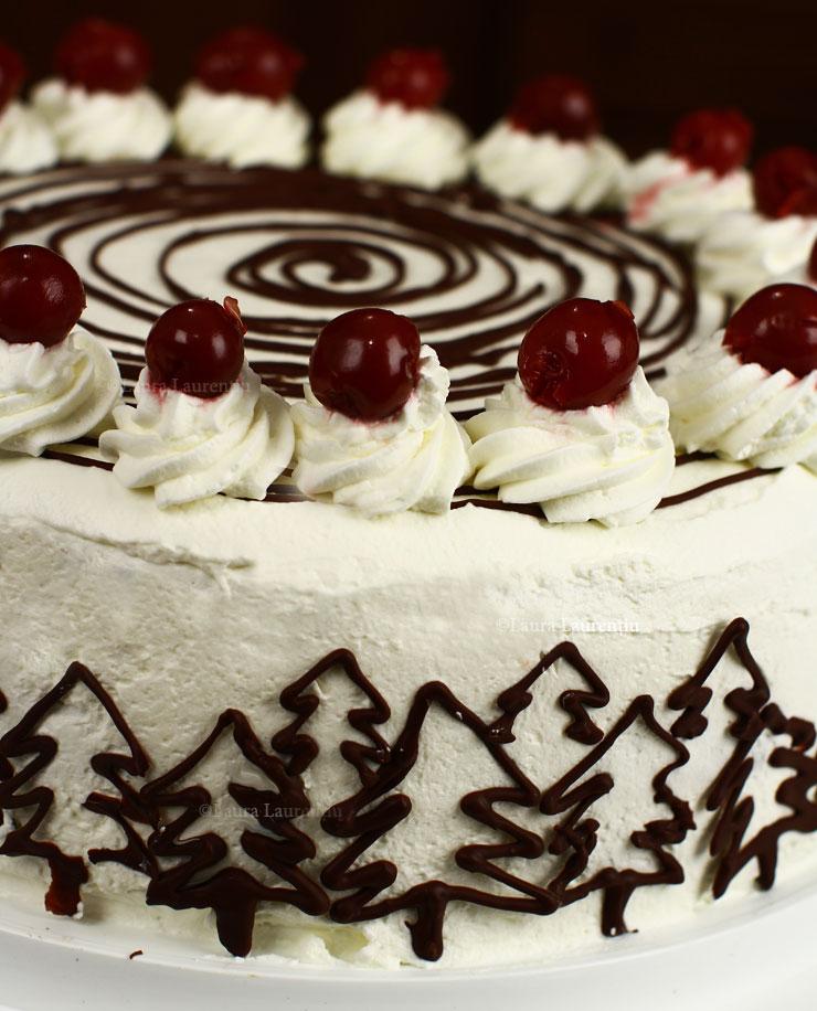 tort-padurea-neagra-cu-ciocolata-si-visine-reteta-pas-cu-pas-schwarzwalder-kitrschtorte-black-forest-cake