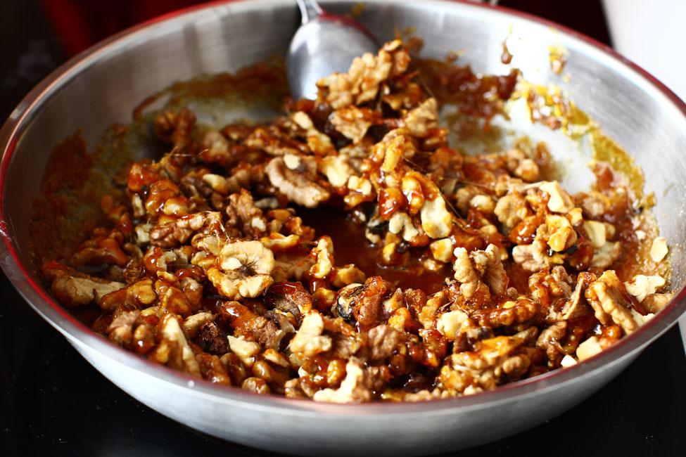 nuci caramelizate pentru griliaj reteta de rulada cu crema caramel
