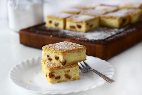 prajitura cu branza dulce ca la bunica reteta pas cu pas prajitura cu branza dulce si stafide reteta video