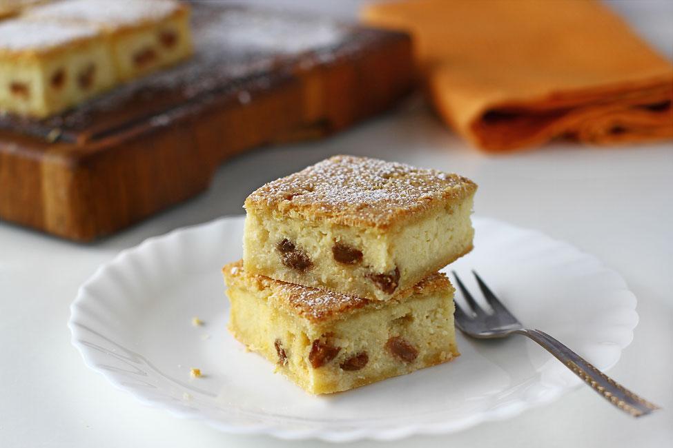 prajitura cu branza dulce reteta video prajitura cu branza reteta ca la bunica prajitura cu branza si stafide reteta pas cu pas