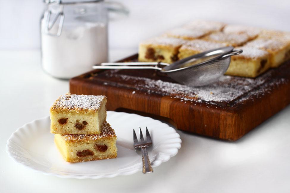 prajitura cu branza dulce si stafide reteta video prajitura cu branza simpla reteta pas cu pas