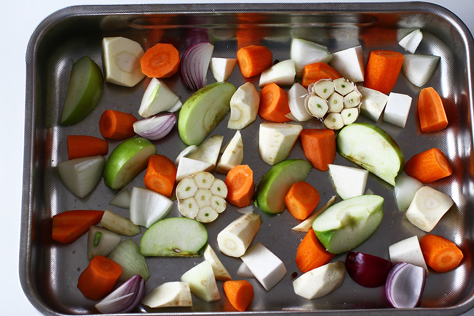 legume in tava pregatite pentru reteta de friptura