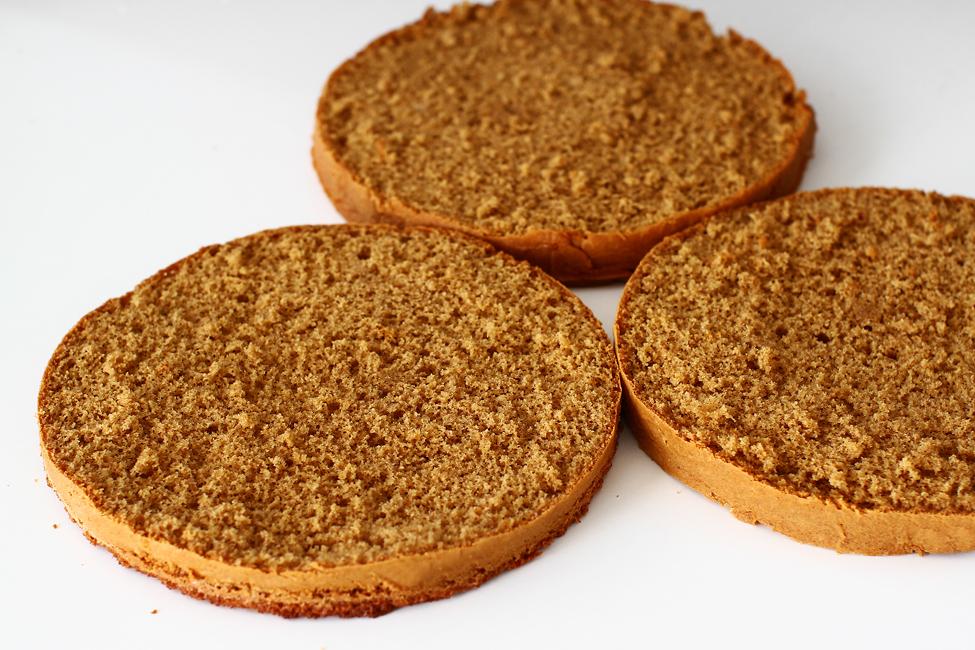 blat de tort cu caramel reteta de blat de tort cu zahar ars sectiune blat de tort cu caramel