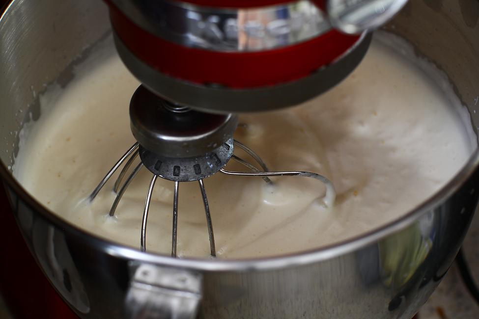 blat de tort cu zahar ars blat de tort cu caramel reteta ouale batute cu zaharul