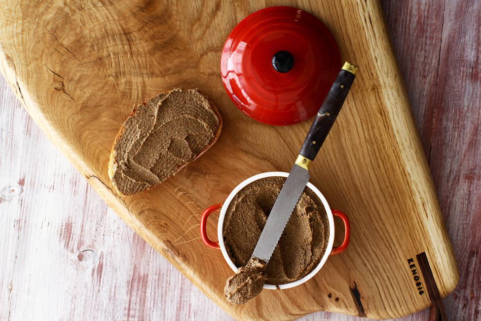 pate vegetal de ciuperci si linte reteta de post pateul pe paine