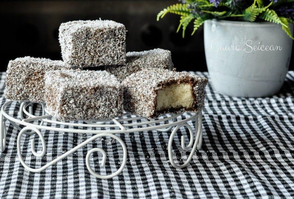 Preparare Prăjitura tăvălită 14