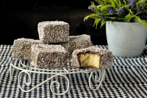 Prăjitura tăvălită