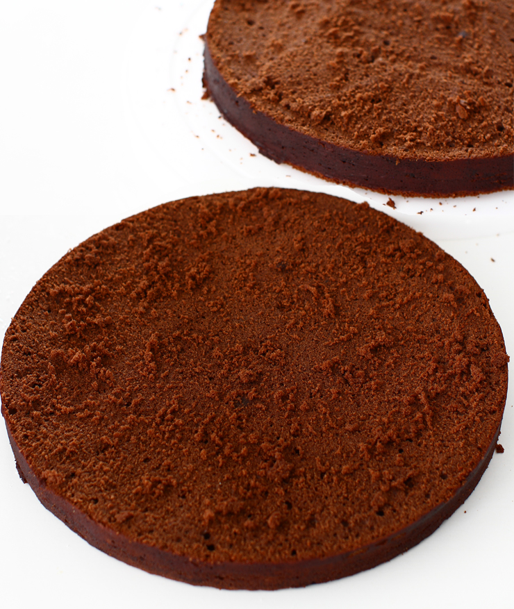blat de tort umed cu ciocolata reteta pas cu pas laura laurentiu blat de tort umed sectiune