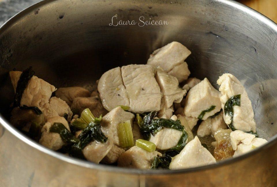 Preparare Drob de pui cu ciuperci - rețetă simplă 6