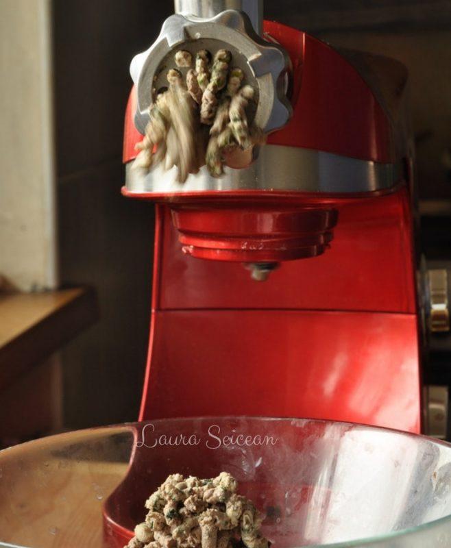Preparare Drob de pui cu ciuperci - rețetă simplă 9