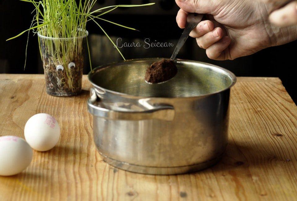 Preparare Ouă vopsite natural 13