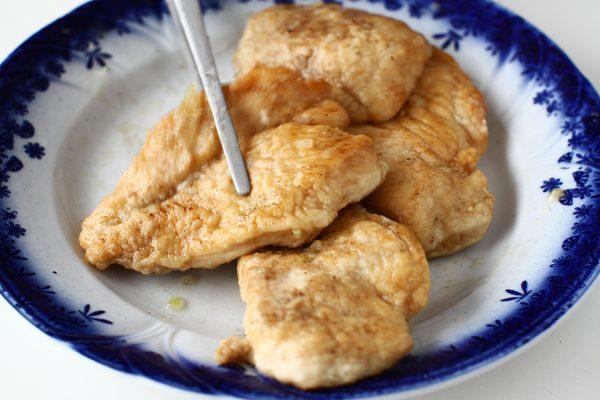 piept de pui in sos de mustar si smantana reteta pas cu pas puiul gatit in sosul de mustar